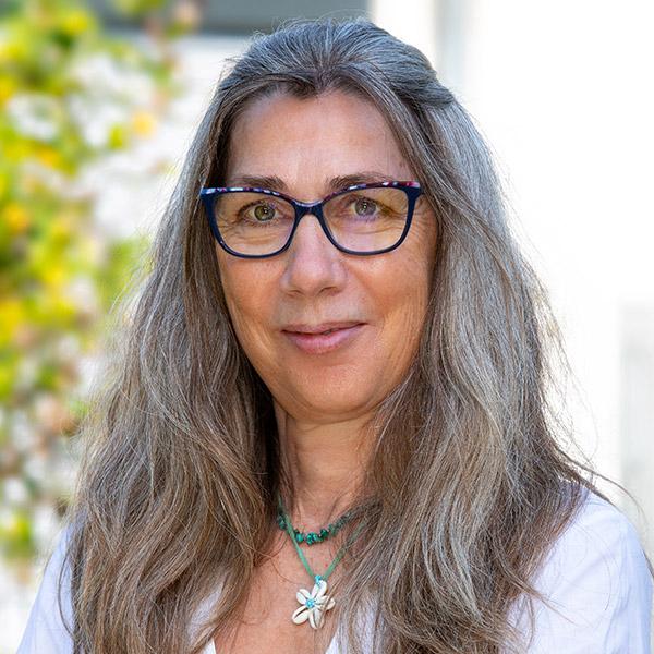 Ellen Gschwendtner, Verwaltung